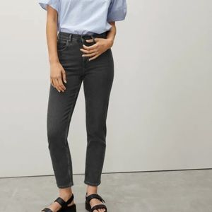 NWT Everlane Cheeky Straight Jeans Washed Black 35